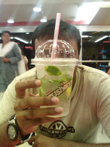 IJ with the virgin... Mojito :P