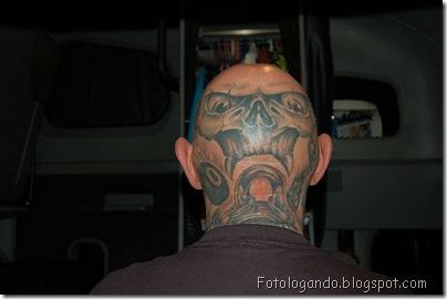 Tatuagens em cabeças raspadas (20)
