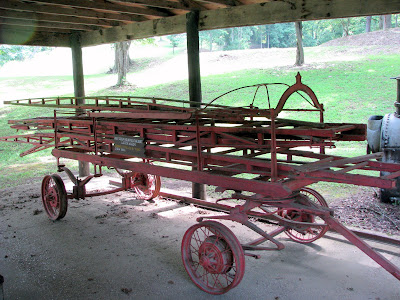 Reaaaaly old fire truck/wagon - 1890