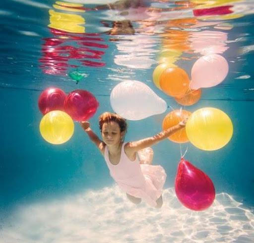 girls_and_water_3.jpg