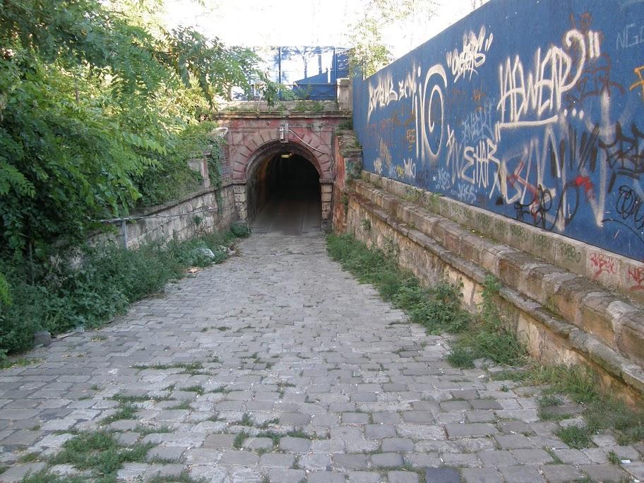 Alagút, aluljáró, Bajza utca, Budapest, Bulcsú utca, vasút, vágányok, Podmaniczky utca