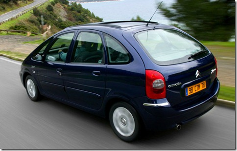 Citroen-Xsara_Picasso_2004_800x600_wallpaper_19