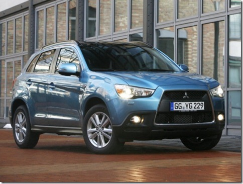 Mitsubishi-ASX_2011_800x600_wallpaper_04