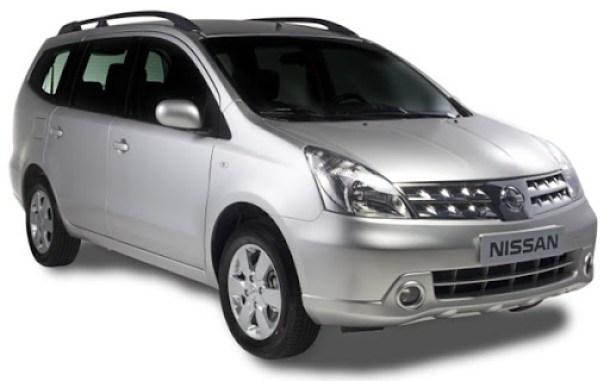 Nissan Livina 2012 grand (1)