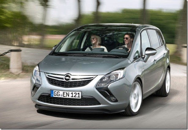 Opel-Zafira_Tourer_2012_1600x1200_wallpaper_02