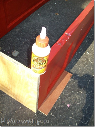 making a shelf out of an old door