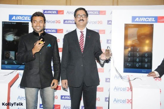 Surya launches Aircel 3G Stills 6
