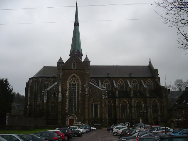 buitenzicht op de kerk
