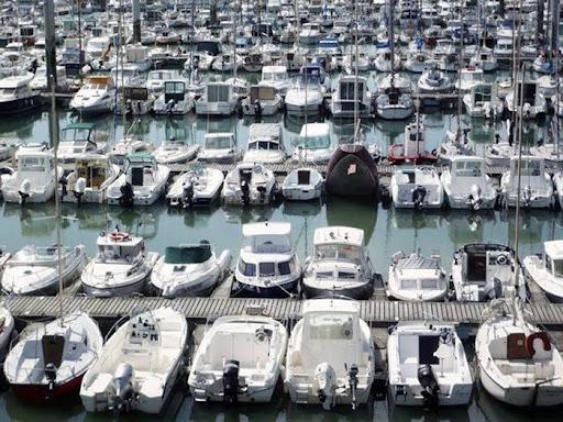 sinking-boat (4)