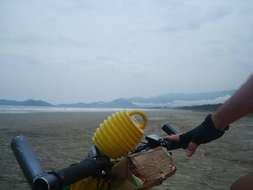 Chegando na primeira praia (Jd. Indaiá - Bertioga)
