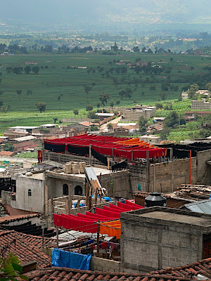 Cloth drying on the rooftops
