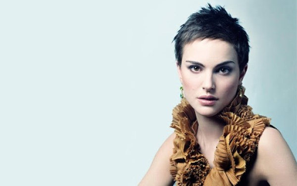Natalie Portman - Short Haired