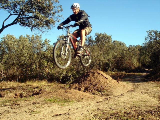 Nacho Martín saltando