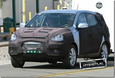 Hyundai-iX35-011_09630135049