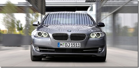 BMW-5-Series_2011_800x600_wallpaper_1d
