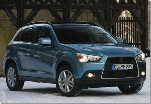 Mitsubishi-ASX_2011_800x600_wallpaper_03