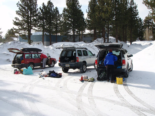 We sorted out gear in Mammoth | Photo Sung Byun