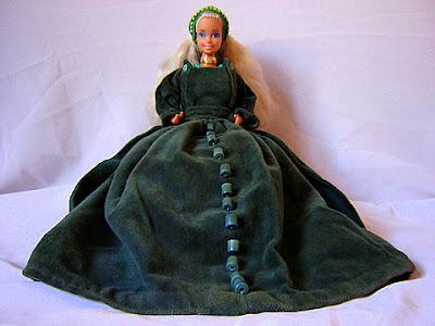 кукла барби средновековен костюм