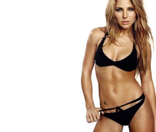 Sexy Women Celebrity Sexy Elsa Pataky Bikini Wallpapers
