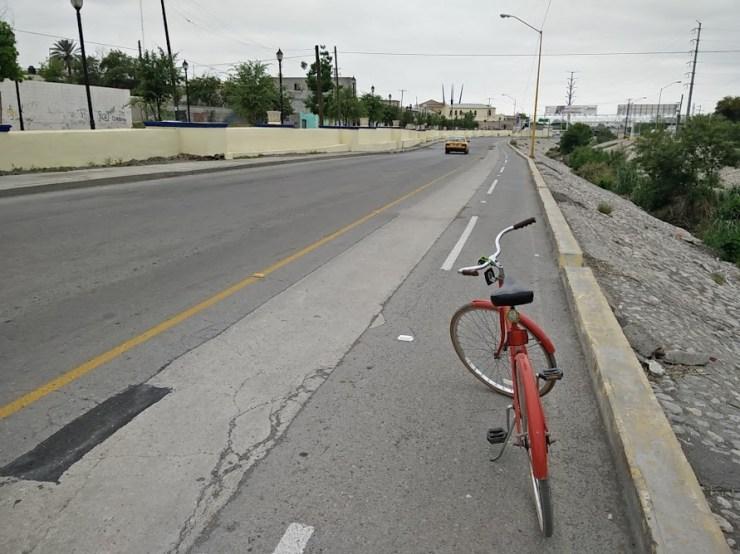 Ave. Constitución amigable a Bicicleta