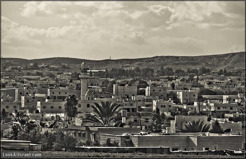 Одно фото / Израиль, Не наш город в пустыне Негев