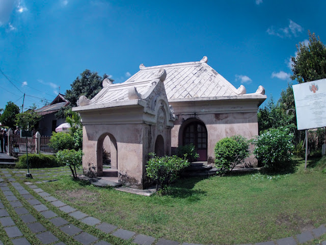 Salah Satu Loket Pintu masuk, Taman Sari