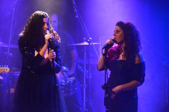 מורן וטיון מגל, אחיות שרות. צילום: יובל אראל
