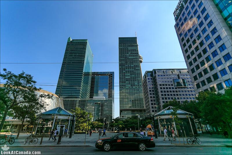 LookAtCanada.com / Торонто