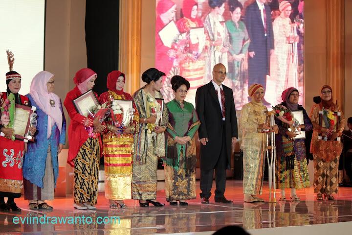 srikandi award 2012