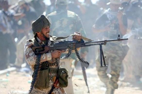 https://i1.wp.com/lh6.googleusercontent.com/-GPbWyab-low/TqAdMxHShUI/AAAAAAAAHyQ/uaCSPgm1RCU/s675/Libya-Sirte-Battle-18-.jpg?resize=584%2C386&ssl=1