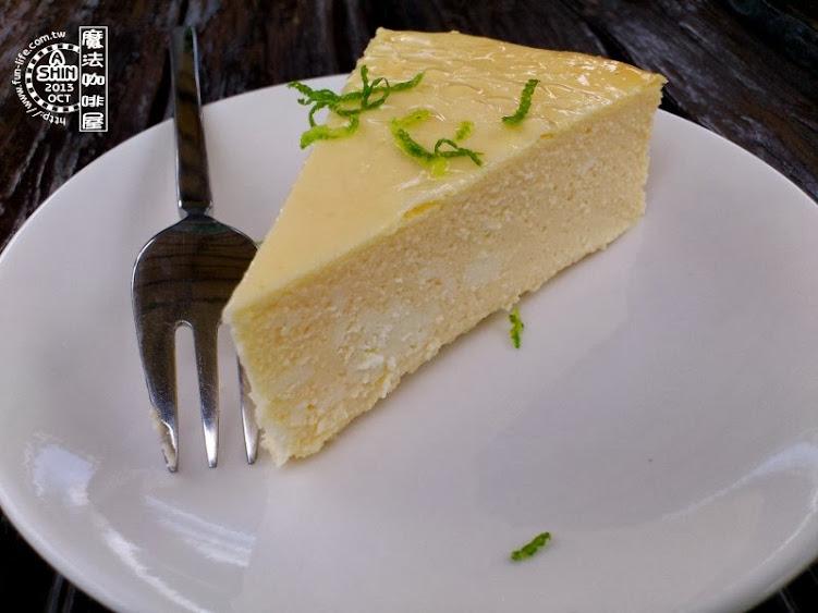 我想我一吃成主顧了~mofa cafe起司蛋糕,我想念你..