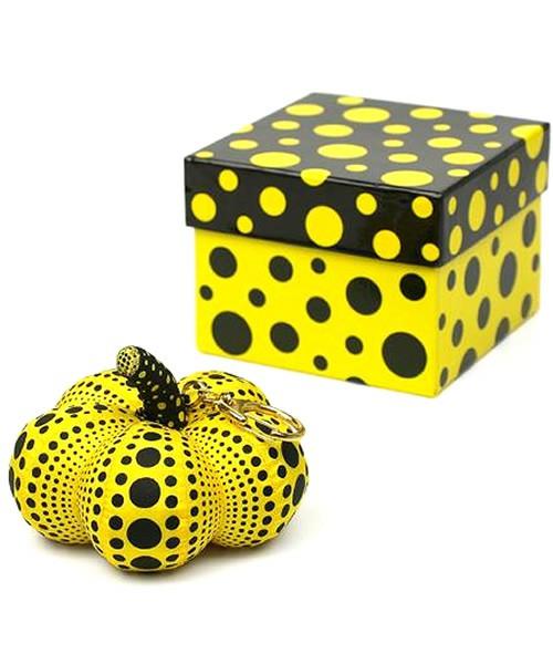 *草間彌生推出KUSAMA YAYOI GOODS:主打南瓜&水玉的抱枕和手機吊飾 3