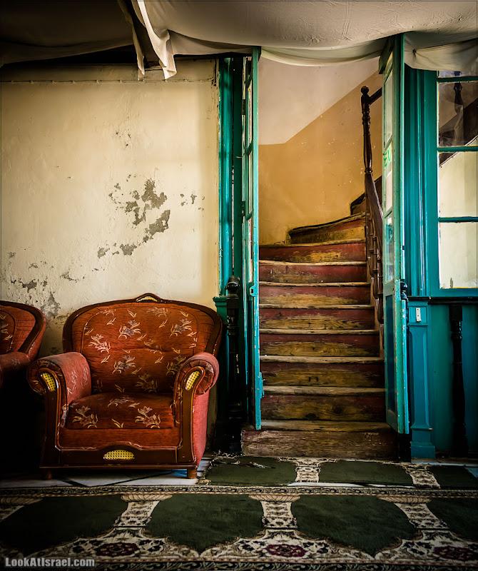 Одно фото / Лестница Бунина