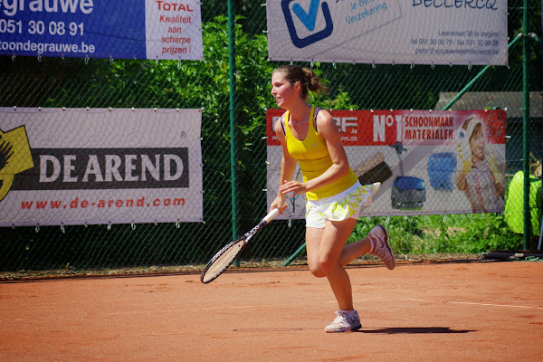 Elien Crombez, tennistornooi Isis