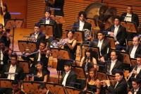 La fila de metales destacó en perfecta armonía con el resto de la orquesta, en un diálogo con el resto de las secciones