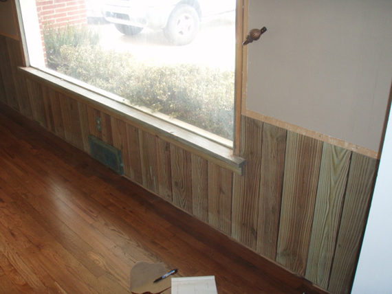 Remodelaholic Best Most Complete Wainscoting Tutorial