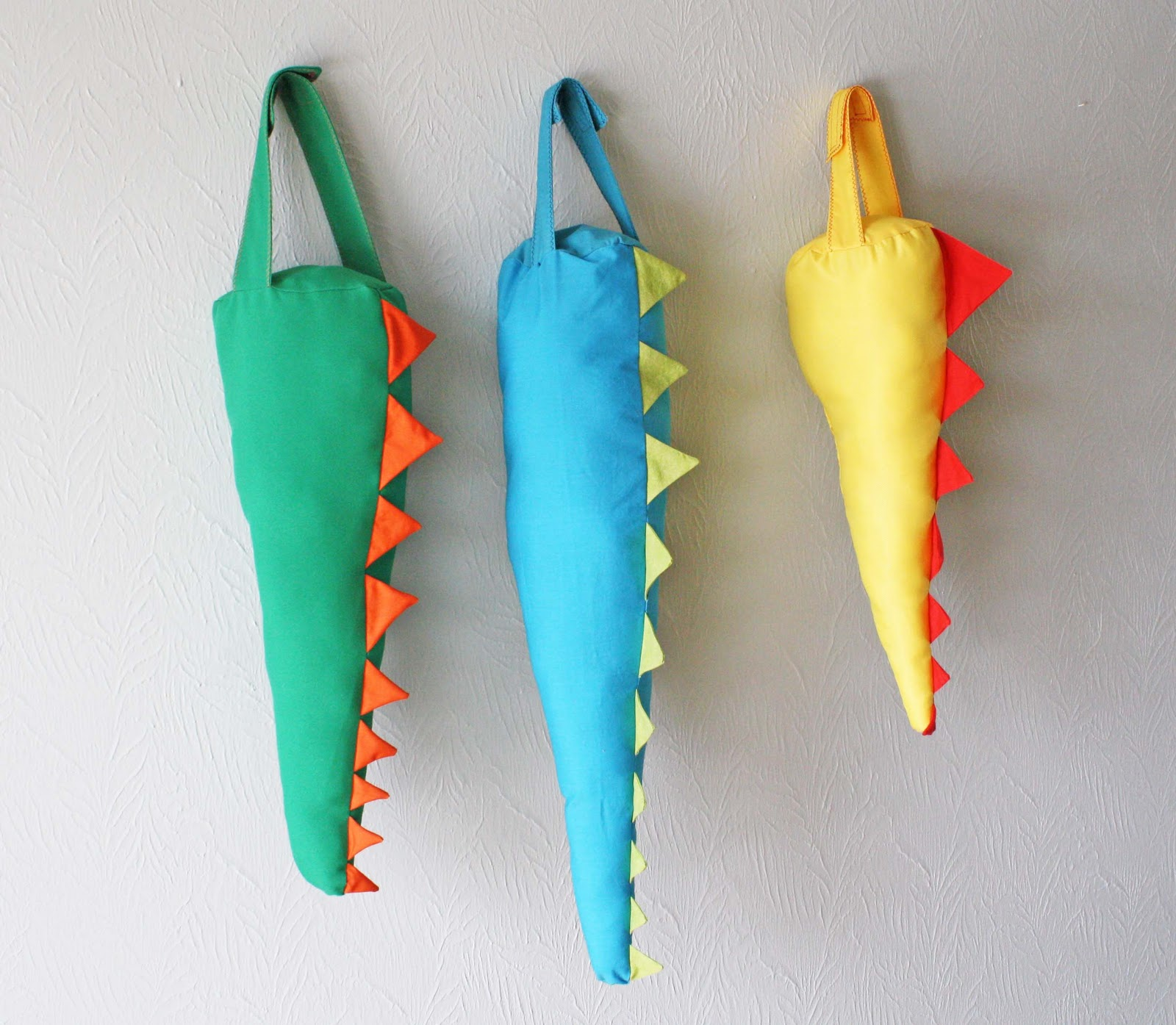 How To Profit From A Home Sewing Business: Guest Project -- Dragon Tails {sewing Tutorial}