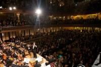 Con sus 2146 asientos vendidos para cada función, los venezolanos tocaron durante dos días en esta joya del modernismo catalán, obra de Lluís Doménech i Montaner y única sala de conciertos modernista en el mundo declarada Patrimonio de la Humanidad por la Unesco