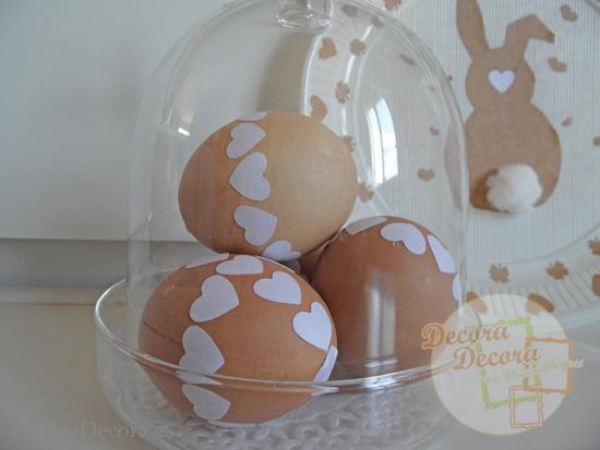 Decorar Huevos de Pascua.