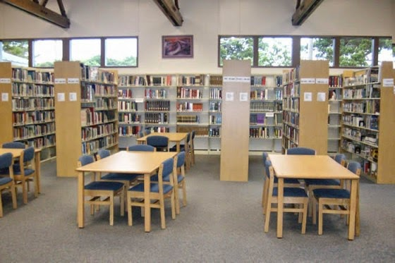 College of the Redwoods Library - Del Norte