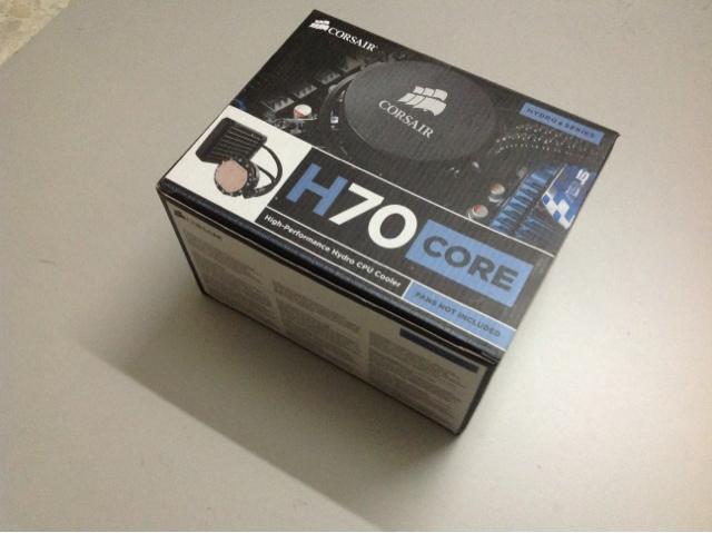 Corsair H70 Core Unboxing 1