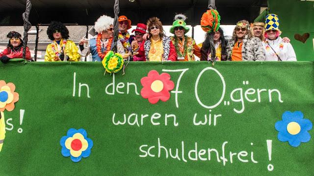 Neuenburg wird großi Kreis(el)stadt - Fasnachtsumzug 2015 (4/6)