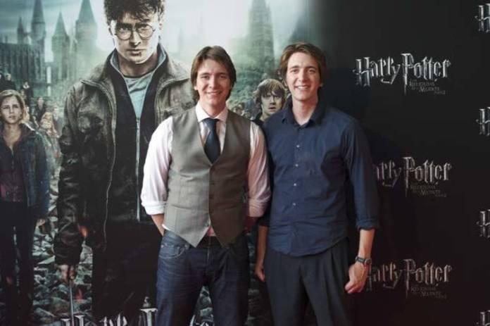 James y Oliver Phelps se mostraron siempre muy risueños, como sus personajes en Harry Potter