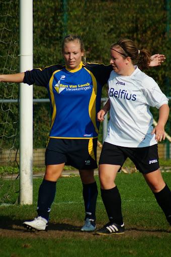 KSV Roeselare dames - VC Ichtegem, 6 oktober 2013 - Schiervelde
