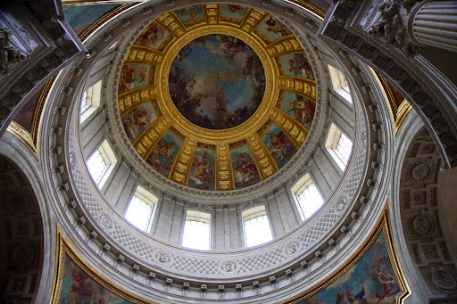The interior of the dome is 108 meters high
