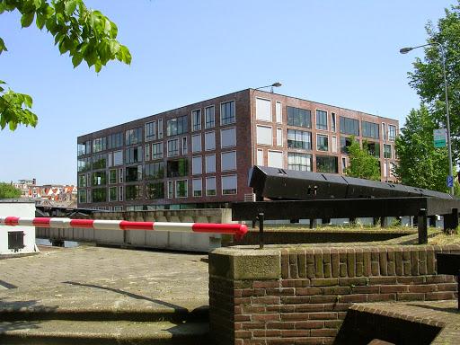 Latjgesbrug near the Waterlooplein