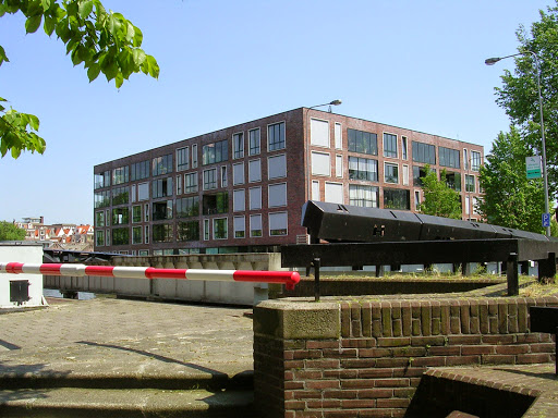 Latjgesbrug near the Waterlooplein
