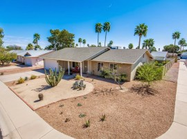 Front picture representing 4 bedroom homes in Ahwatukee 85044