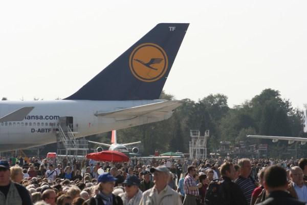 90.000 Besucher strömten zum Flughafengeburtstag