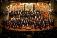 Entre los bustos de las musas, Beethoven y Calvet, entre otros representantes de la música clásica, los músicos venezolanos y su director musical mostraron una faceta artística madura y versátil